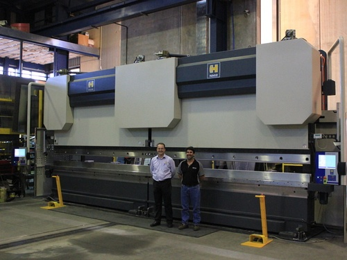 Truck manufacturer acquires Euromaster S pressbrakes in tandem